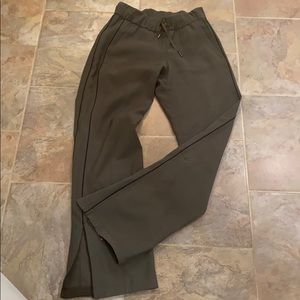 LULULEMON ON THE FLY Wide Leg Pants- size 2